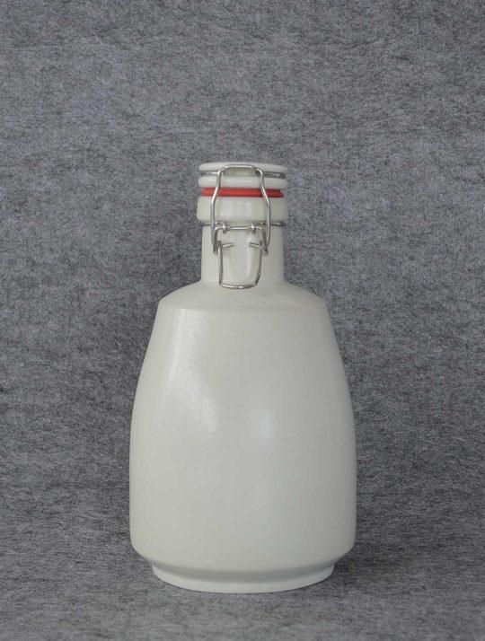 latitude22n-white-matte-growler-02